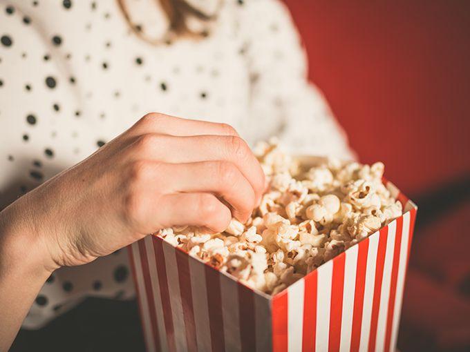 映画館内での飲食を考える