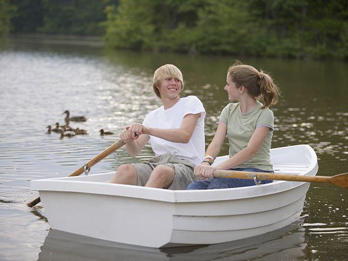 ボートを漕ぐ