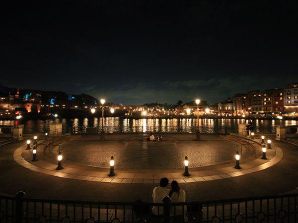 夜のリドアイル風景