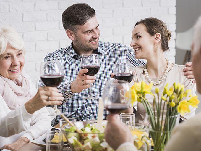 家族への報告と婚約指輪