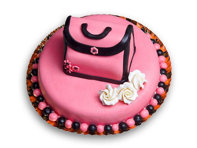 サプライズなケーキをプレゼント