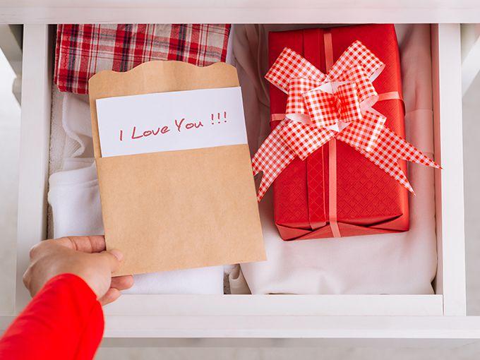 プレゼントを事前に隠しておく