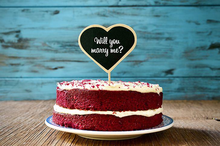 ケーキに求婚メッセージ
