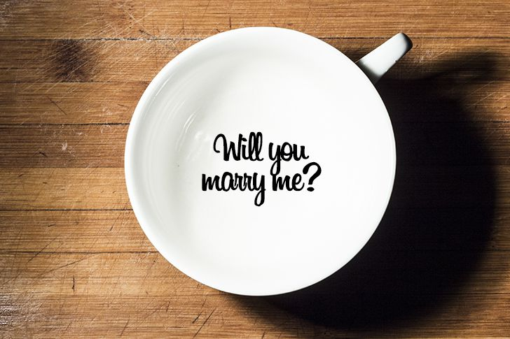 マグカップの底に結婚しよう
