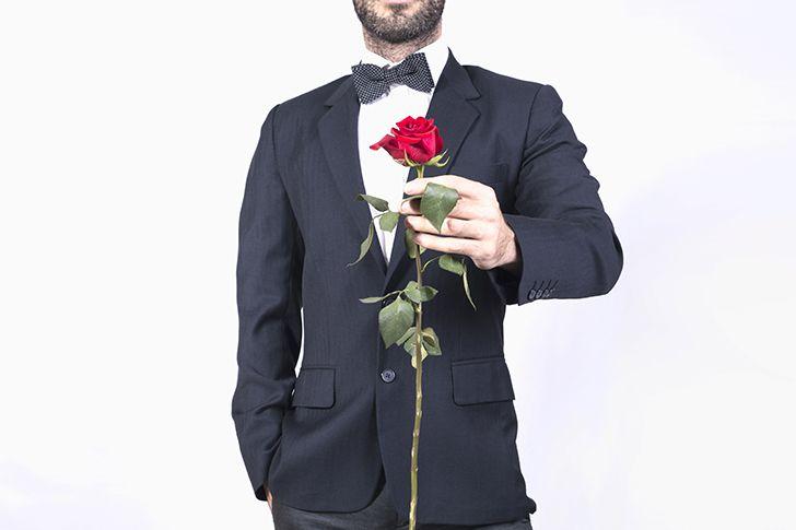 突然スーツに着替えてプロポーズ