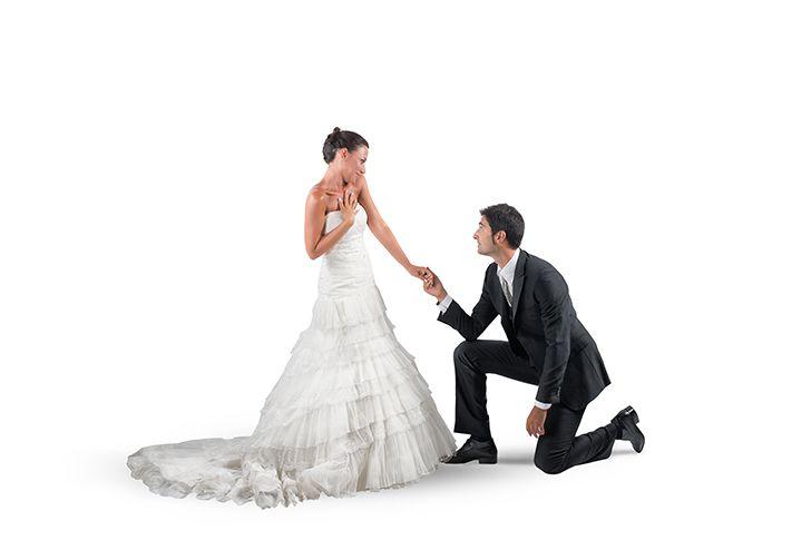 18af6423f0cc0 ウェディング業者のネット調査で、既婚男性の57%が何となくプロポーズ(または無し)をし ていたことが判明しました。その背景には、交際が長い、同居中、急な転勤や ...