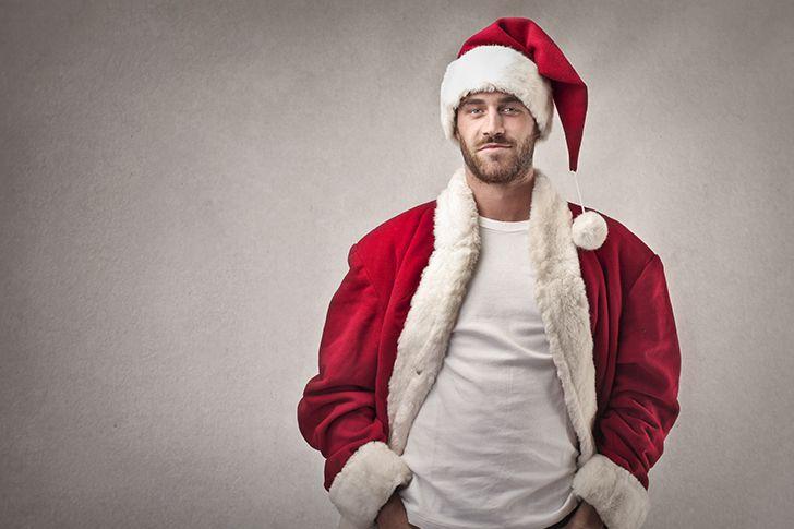 クリスマスを満喫するサンタパーティーで